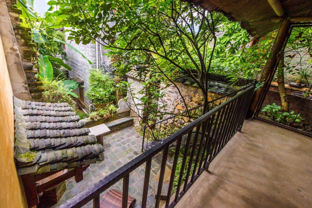yangshuo secret garden family suite balcony