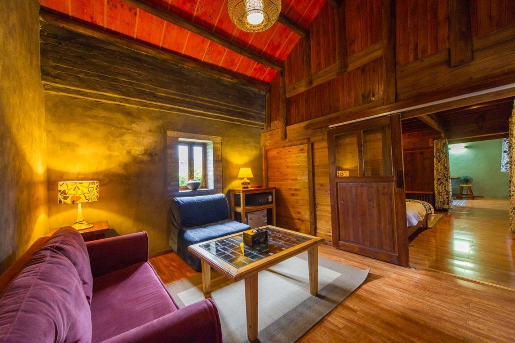yangshuo secret garden deluxe suite seating area
