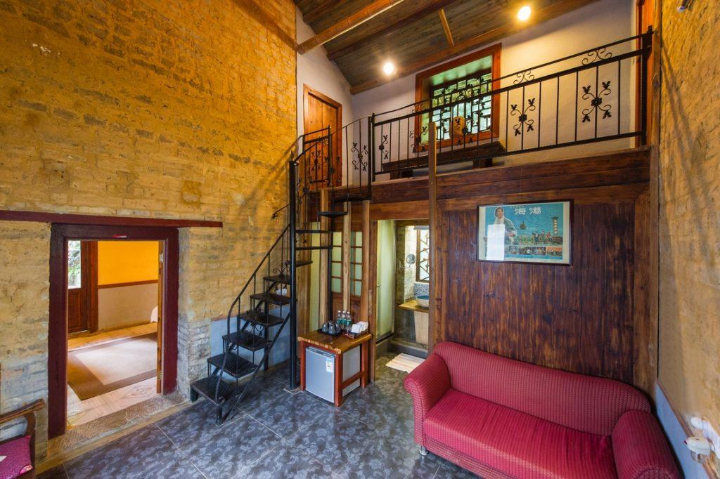 yangshuo secret garden family suite living room